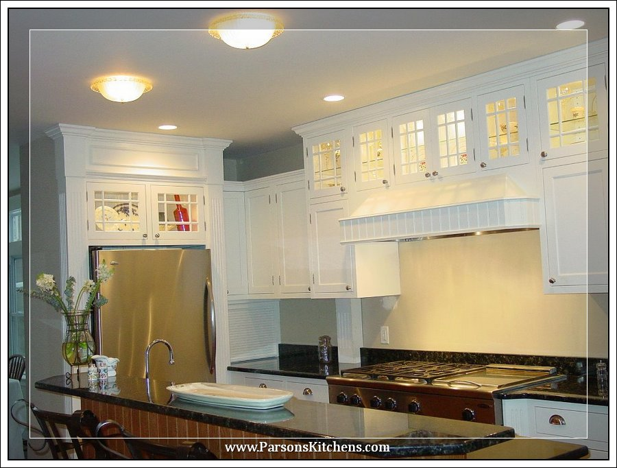 custom-kitchen-cabinets-built-by-parsons-kitchens-professional-cabinetmakers-photo-001-web