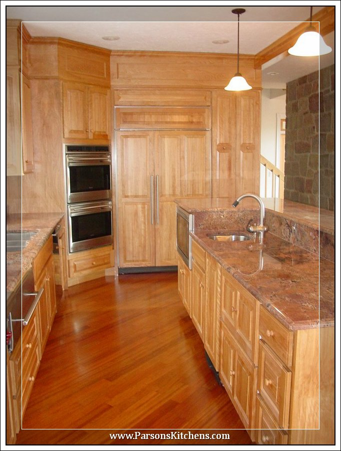 custom-kitchen-cabinets-built-by-parsons-kitchens-professional-cabinetmakers-photo-004-web