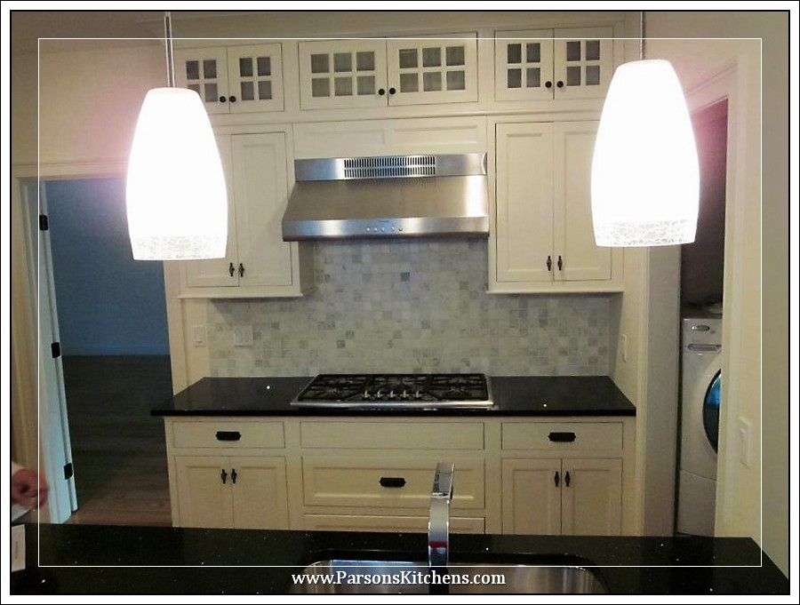 custom-kitchen-cabinets-built-by-parsons-kitchens-professional-cabinetmakers-photo-012-web