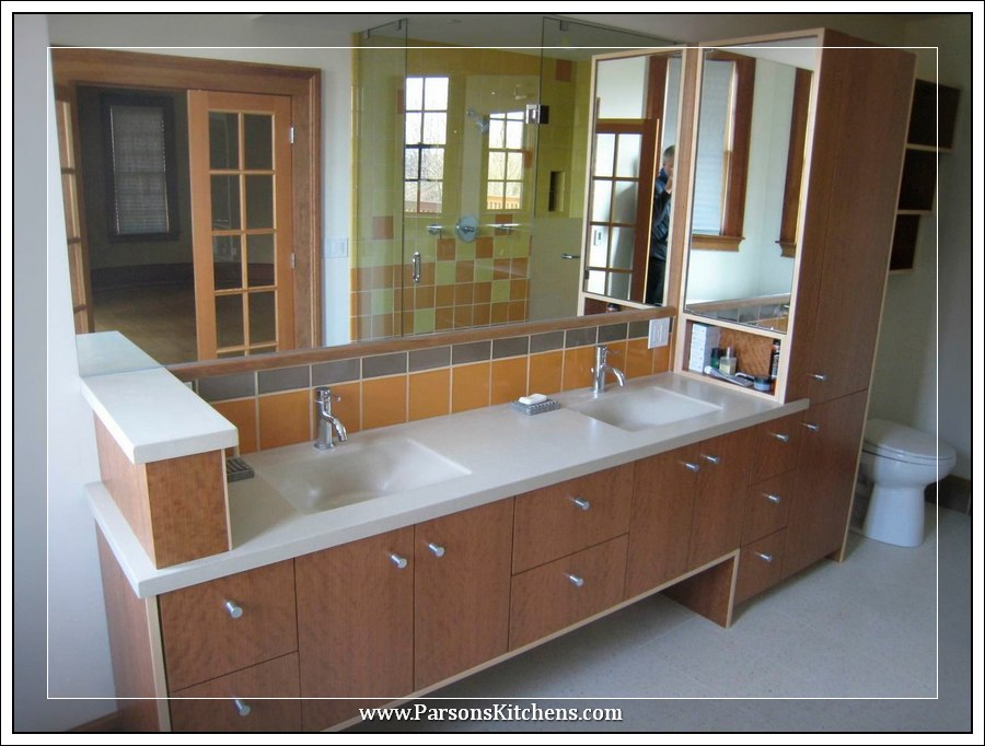 custom-bathroom-cabinetry-built-by-parsons-kitchens-professional-cabinetmakers-photo-005-web
