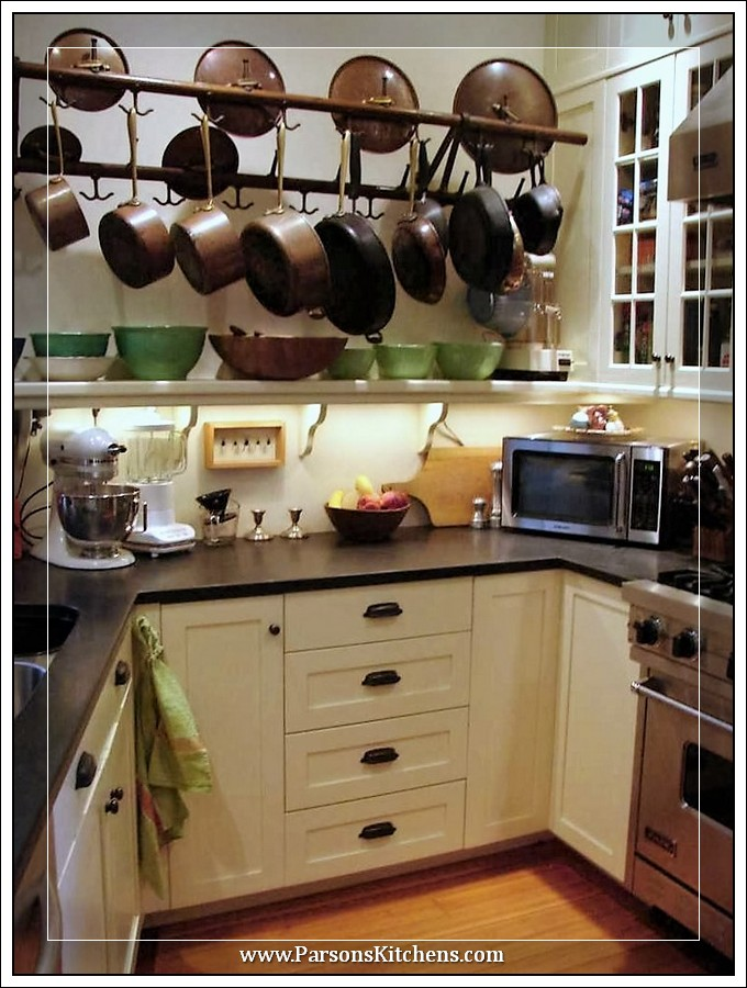 custom-kitchen-cabinets-built-by-parsons-kitchens-professional-cabinetmakers-photo-014-web