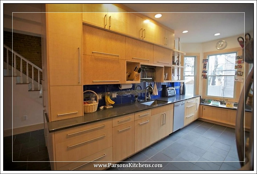 custom-kitchen-cabinets-built-by-parsons-kitchens-professional-cabinetmakers-photo-019-web