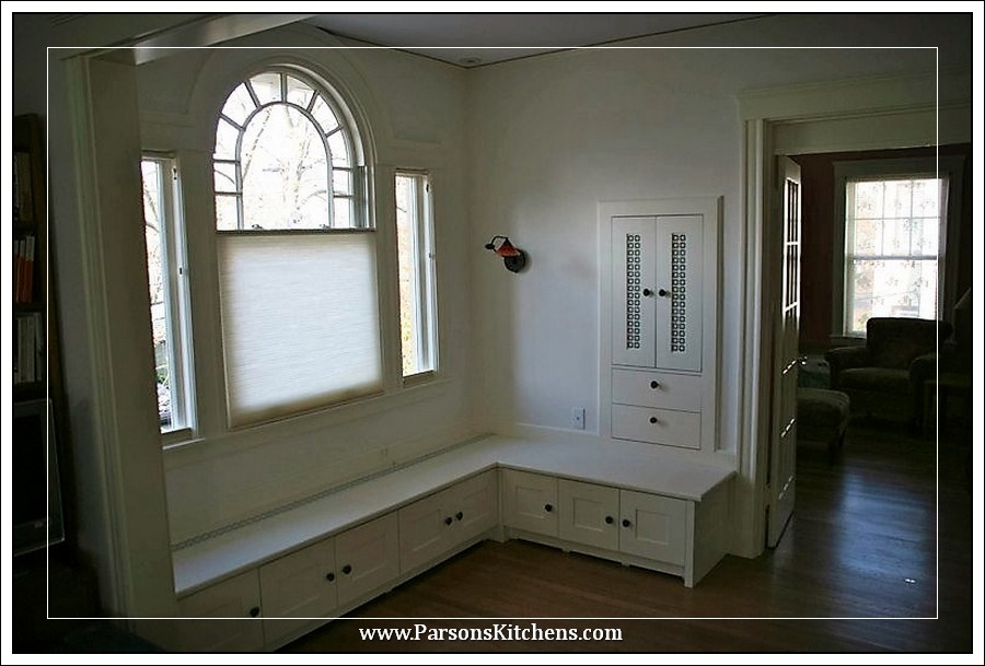 custom-built-in-by-parsons-kitchens-professional-cabinetmakers-photo-002-web