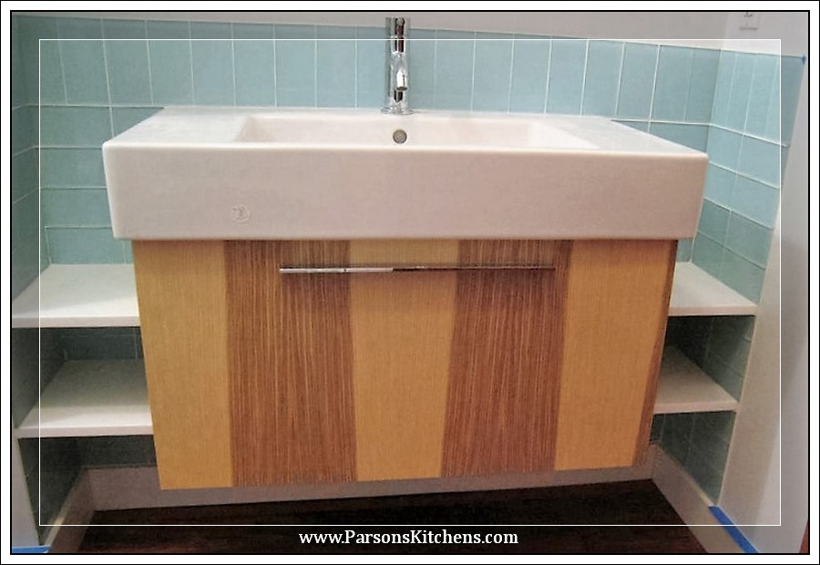 custom-bathroom-cabinetry-built-by-parsons-kitchens-professional-cabinetmakers-photo-003-web