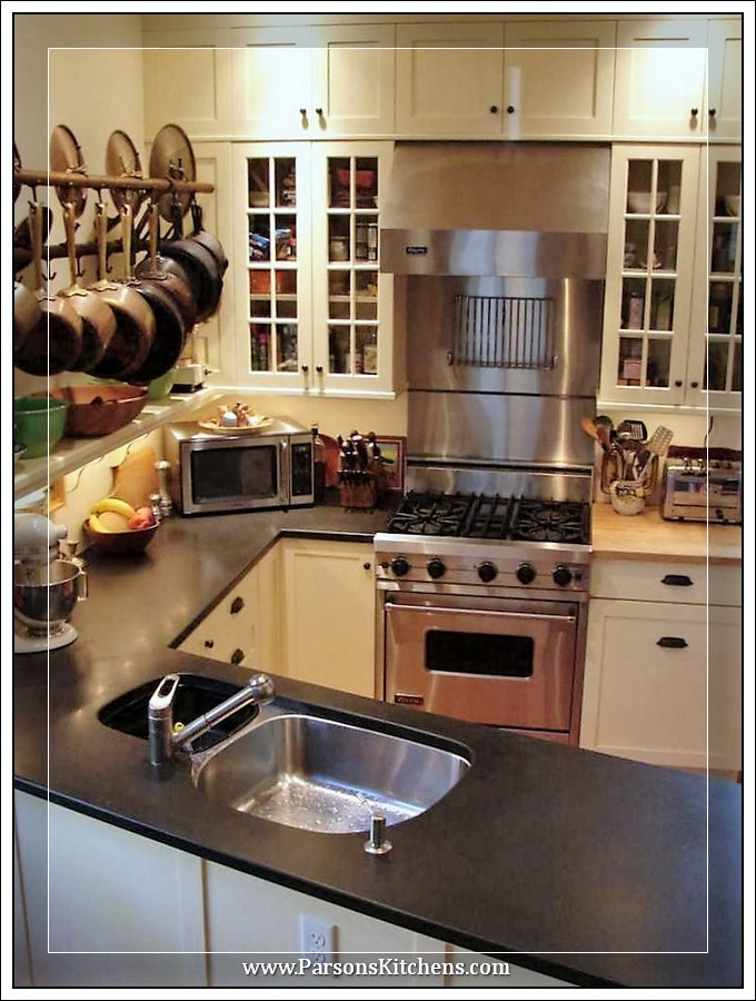 custom-kitchen-cabinets-built-by-parsons-kitchens-professional-cabinetmakers-photo-009-web